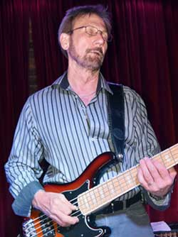 Cliff Eveland, bass guitar
